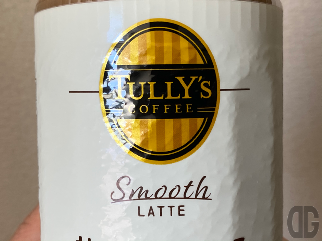 TULLY'S COFFEE Smooth LATTE。以前はこのロゴと文字だけでした。