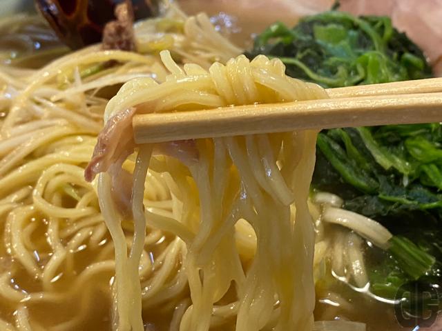 結構細い麺